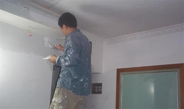 装修先装瓷砖还是做墙